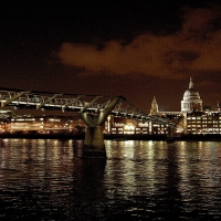 London: Millenium Bridge, St. Paul´s Cathedral