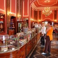 Polen: Café Wedel in Warschau