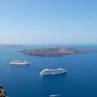 Santorini: Blick auf die Caldera