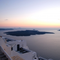 Santorini: Sonnenuntergang mit Blick auf die Caldera