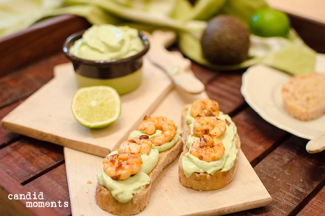 Avocado-Aufstrich mit Shrimps